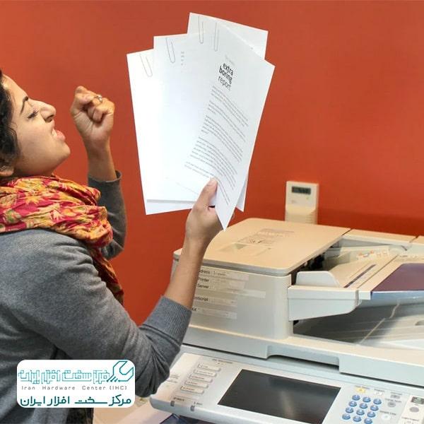 چسبیدن کاغذها به هم در دستگاه کپی